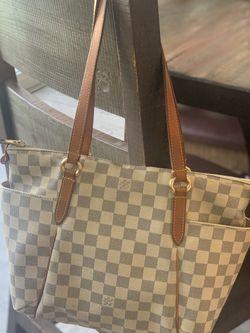 Louis Vuitton Authentic Totally PM for Sale in La Mesa,  CA