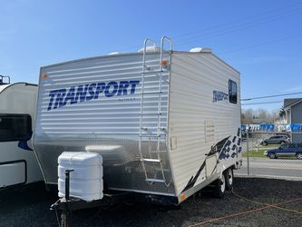 2006 19FT Transport by Thor Toy hauler for Sale in Tacoma,  WA