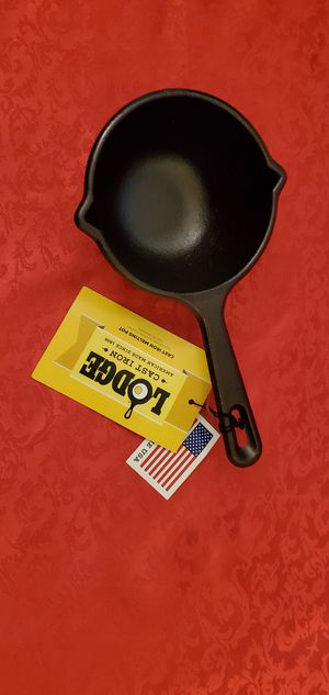 Pre-Seasoned Cast Iron Melting Pot Ladle Coffee Bean Roasting Pot 15oz. Black for Sale in Charlotte, NC