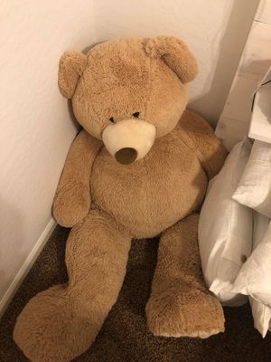 Giant stuffed bear for Sale in Queen Creek, AZ