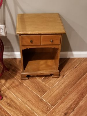 Small desk with drawer for Sale in Springfield, VA