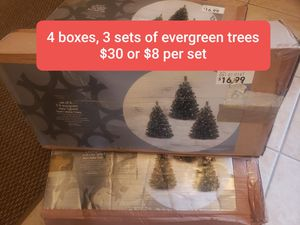 2 ft evergreen clear lighted trees for Sale in Joliet, IL
