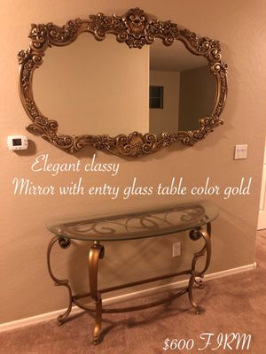 Beautiful elegant large mirror with matching entry table gold $500 firm for Sale in Laveen Village, AZ