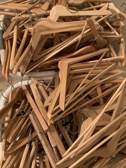 150 Wooden Clothes Hangers for Sale in Ocoee,  FL