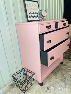 Pink & Black Storage for Sale in Victoria, TX