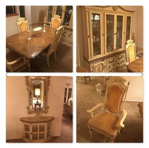 PULASKI Valore Italian-Dining SET Table 6 chairs China cabinet Console & Mirror for Sale in Hewlett, NY