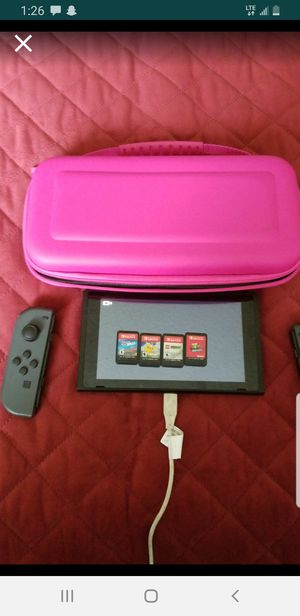 Nintendo Switch/MODEL: HAC001 for Sale in Tacoma, WA