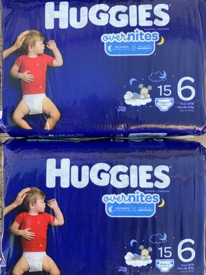 Huggies Overnites Diapers/ Pañales for Sale in Fowler, CA