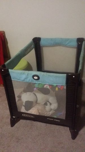 Graco Baby Play Pen for Sale in Hyattsville, MD