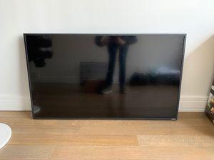 Vizio Smart TV 4K Flat Screen 55inch Perfect Like New for Sale in Brooklyn, NY