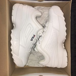 FILA DISRUPTOR 2 PREMIUM for Sale in Silver Spring, MD