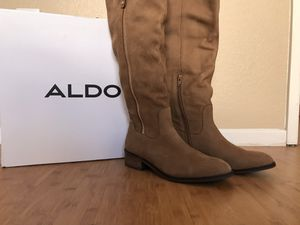 ALDO Gaenna Boots. Size 8 for Sale in San Diego, CA