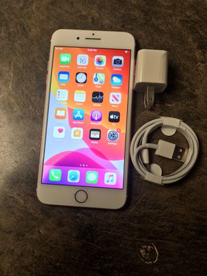 iPhone 8 unlocked for all carriers for Sale in Federal Way, WA