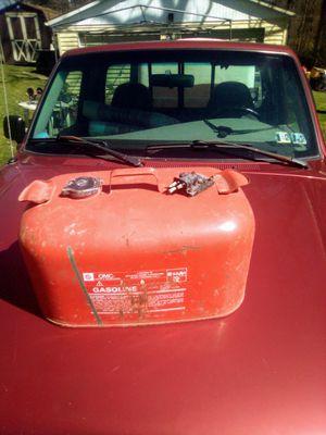 Boat gas tank 5 gallon for Sale in NEW KENSINGTN, PA