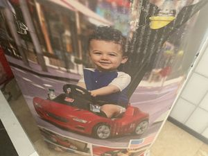 Kids toys-car for Sale in Miami Beach, FL