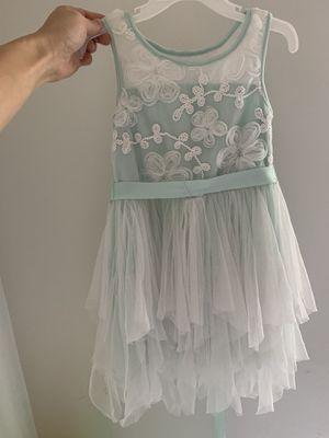 Beautiful dress size 5 for Sale in Hallandale Beach, FL