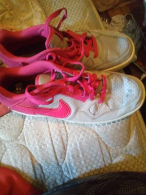 Grey and pink Nike force shoes 9 1/2 for Sale in Clarksville, TN