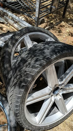 26 Inch Rims for Sale in Midland, TX