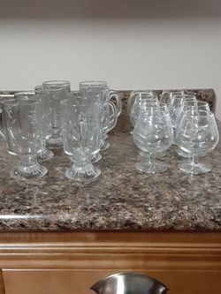 Set 8 Princess House Etched 4 1/2 Inch 8 oz. Brandy Snifters for Sale in Greer,  SC