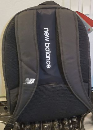 "NEW BALANCE PLAYERS BACKPACK W/17"" LAPTOP POCKET, BLACK for Sale in Las Vegas, NV"