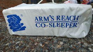 Arms reach co sleeper for Sale in Redmond, WA