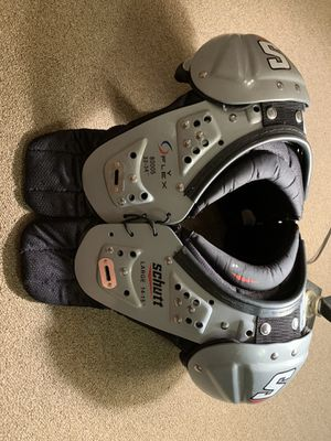 Football Shoulder Pads for Sale in Kennewick, WA