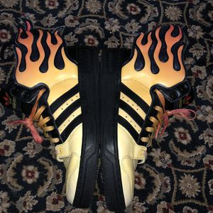 Adidas Jeremy Scott flame wings size 8 - No original box for Sale in Atlanta, GA