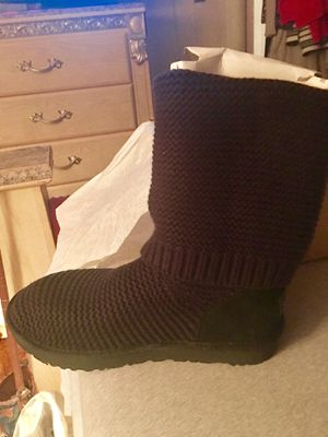 Uggs for women , Sweater Uggs for Sale in Lafayette Hill, PA