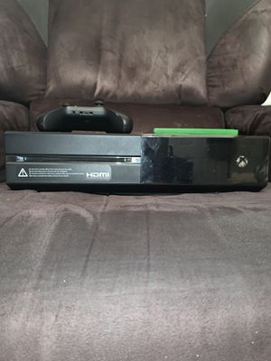 Xbox one w/one game and controller!!! for Sale in North Miami Beach, FL
