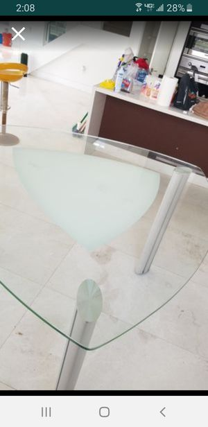 Table Only Like New for Sale in Pembroke Pines, FL
