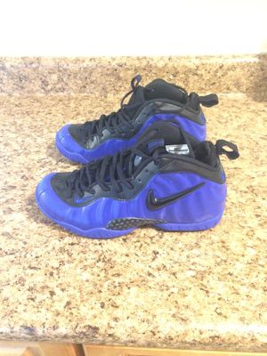 Nike foamposites size 8 new never worn for Sale in Bronx, NY