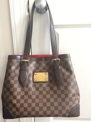 Louis Vuitton Hampstead GM bag-preowned-good condition-$1,200 for Sale in Frederick, MD