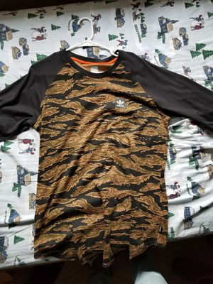 Adidas baseball tee for Sale in Hillsboro, OR