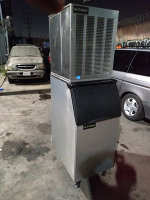 Ice-O-Matic Restaurant size ice maker for Sale in Los Angeles, CA