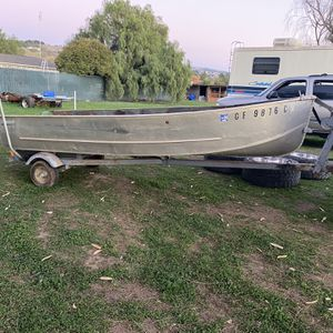 1966 Klamath 14ft Aluminum Boat With Trailer for Sale in Morgan Hill, CA