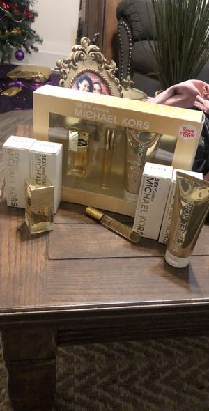 Michael Kors Perfume for Sale in Pittsburgh, PA