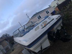 Boat Bayliner Bowrider 2500 for Sale in San Diego, CA