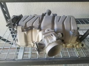 Gm Vortec 454 fuel injected intake manifold OEM for Sale in San Bernardino, CA