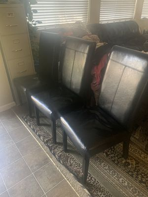 Chairs for Sale in Yuba City, CA
