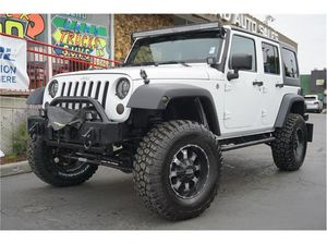 2014 Jeep Wrangler Unlimited for Sale in Burien, WA