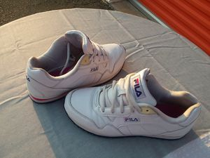 FREE Fila's! Size 7 1/2 women's for Sale in Charlotte, NC