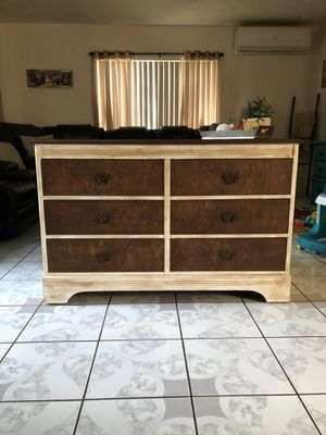 Beautiful Solid Wood Dresser for Sale in Chino, CA