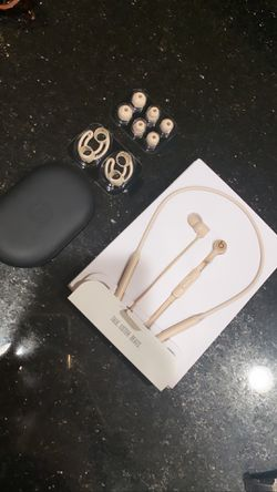 Beats by Dr. Dre BeatsX In-Ear Bluetooth Headphones - Matte Gold for Sale in San Diego,  CA