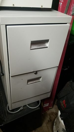 File cabinet no key no brand name for Sale in Waukegan, IL