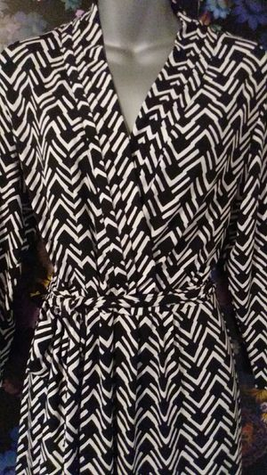 Comfy Liz Claiborne Faux Wrap Dress Size Large for Sale in Ontario, CA