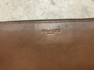COACH ZIPPERED ACCORDION STYLE WALLET for Sale in San Diego, CA