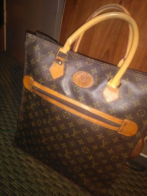 GORGEOUS BEAUTIFUL HANDBAG VERY GORGEOUS for Sale in Vancouver, WA