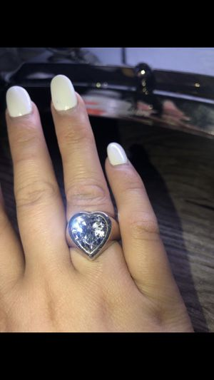 Ring for Sale in DeKalb, IL