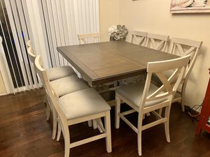 New dining table set with 8 chairs for Sale in Meridian, ID