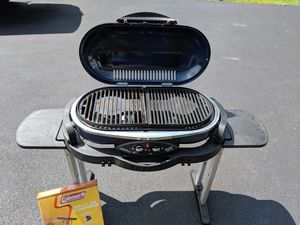 Coleman Road grill for Sale in McHenry, IL